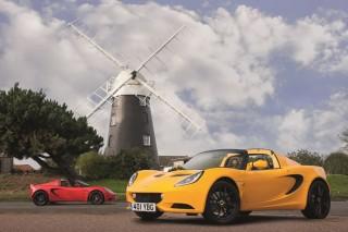 Mit der Elise Sport und der Elise Sport 220 sind ab Dezember neue Modelle von Lotus erhältlich. Foto: Lotus