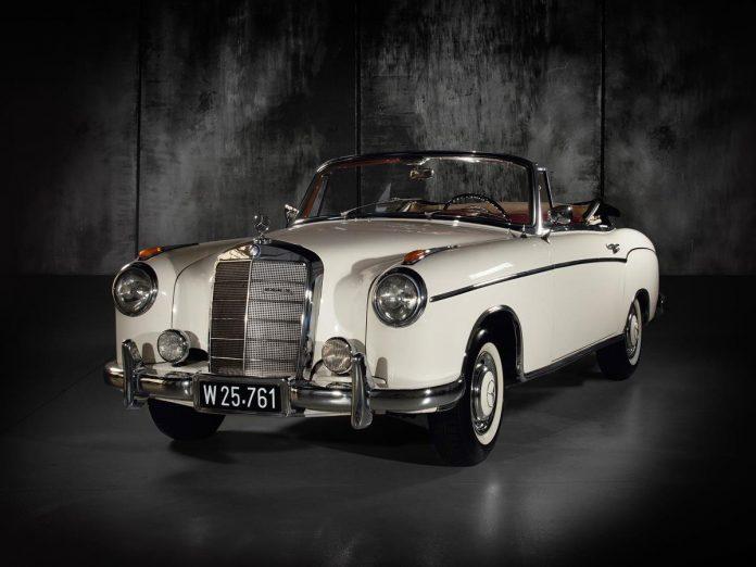 1957 Mercedes-Benz 220 S Cabriolet