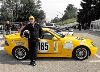 Erich Hammerler vor seinem Kompressor-Mercedes