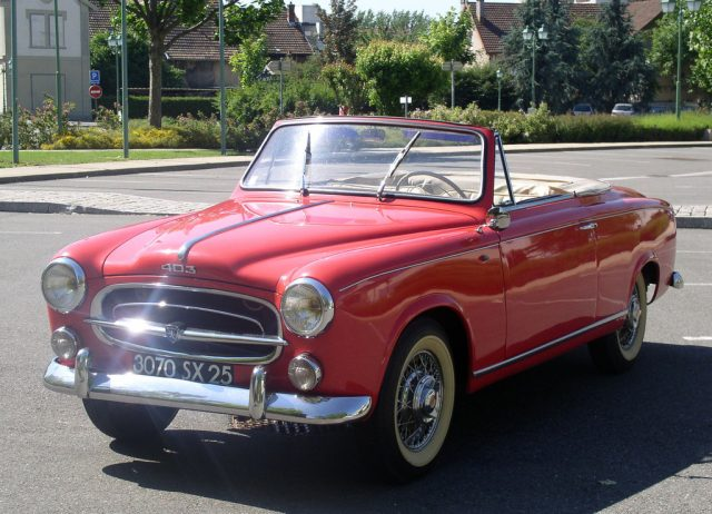 Peugeot 403 Cabriolet (1956–1961) Foto: Peugeot