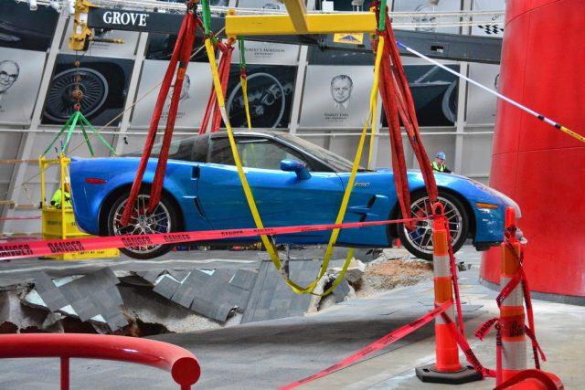 Aus der Tiefe ans Tageslicht geholt Chevrolet Corvette Blue Devil Foto: Auto-Medienportal.Net/National Corvette Museum