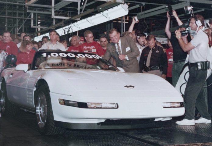 Einmillionste Chevrolet Corvette: So lief sie am 2. Juli 1992 vom Band´Foto: Auto-Medienportal.Net/National Corvette Museum