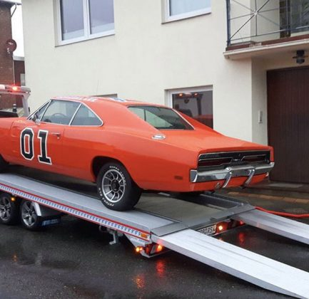General Lee der Dukes of Hazard. Yee Haw!!!