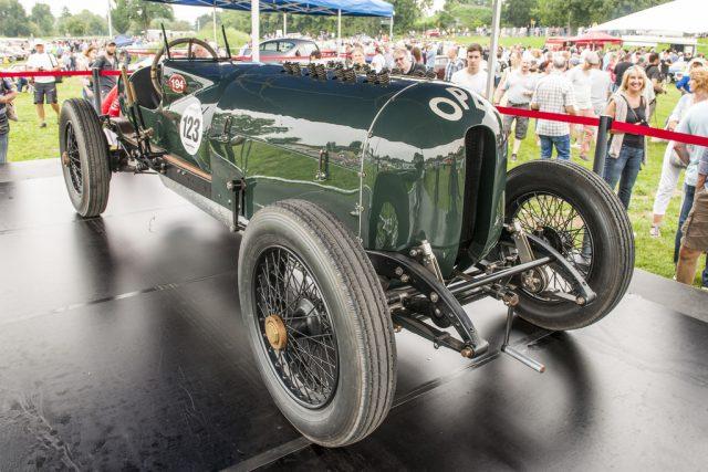 """Opel-Rennwagen von 1914 mit 12,3 Litern Hubraum (""""Grünes Monster"""") Foto: Auto-Medienportal.Net/Opel"""