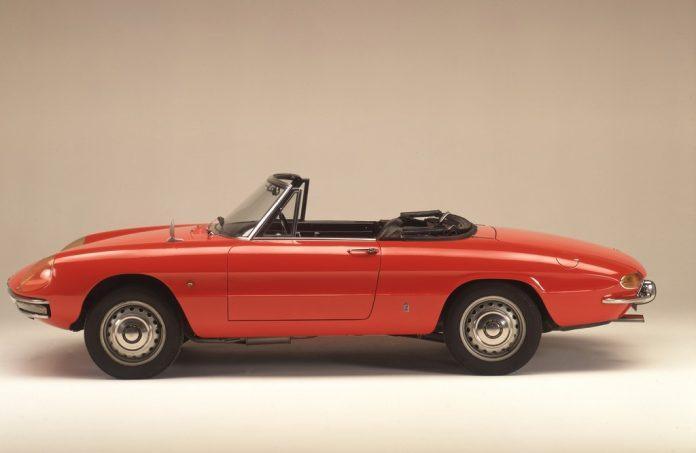 Alfa Romeo 1600 Spider (1966). Foto: Auto-Medienportal.Net/FCA