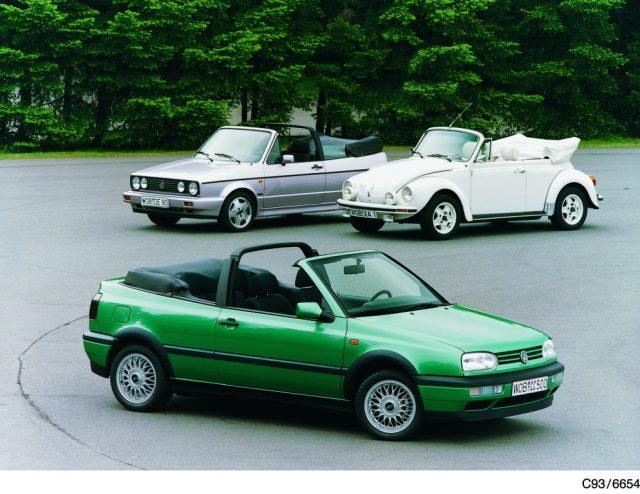 Drei VW-Cabrios von Karmann aus Osnabrück: Käfer, Golf I und Golf III Cabriolet. Foto: Auto-Medienportal.Net/VW