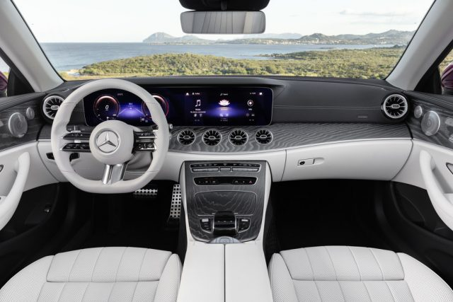 Mercedes-Benz E 450 4-Matic Foto: Auto-Medienportal.Net/Daimler
