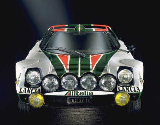 Schlafaugen waren mal modern: Lancia Stratos von 1970. Foto: Auto-Medienportal.Net/Prien