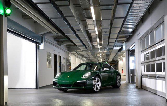letzter Porsche 911, Typ 991, rollt vom Band. Foto: Auto-Medienportal.Net/Porsche